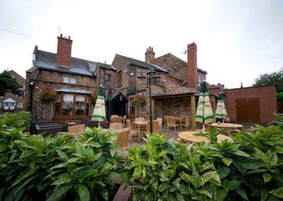 exterior-beer-garden