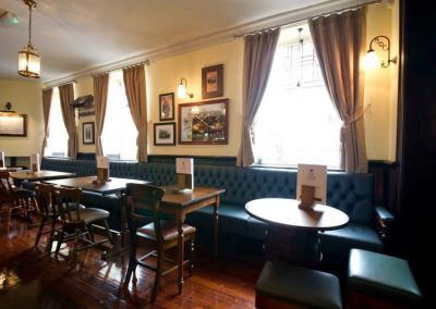 pub-seating